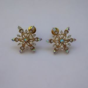 Brilliant Rhinestone Snowflake Earrings